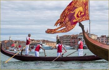 Vogalonga Venise : Le drapeau, le gonfalone de Saint-Marc