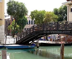 Ghetto de Venise : le Campo et Ponte Gheto Nuovo