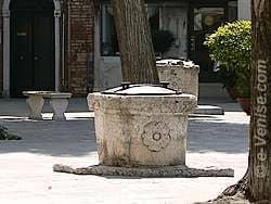 Puits du Campo Ghetto Nuovo à Venise