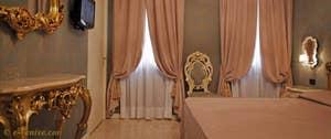 Réservation d'une chambre d'hôtel à Venise