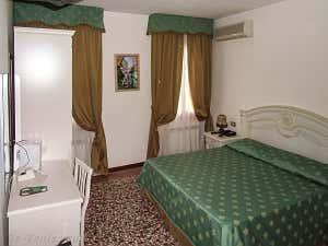 Réservation Hôtel à Venise : Locanda Herion