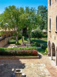 Jardin du musée du verre de Murano dans le Palazzo Giustinian sur l'île de Murano à Venise
