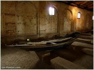 L'île du Lazzaretto Nuovo à Venise, l'intérieur du Grand Tezon