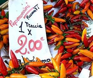 Le marché de l'Erbaria tout en couleurs