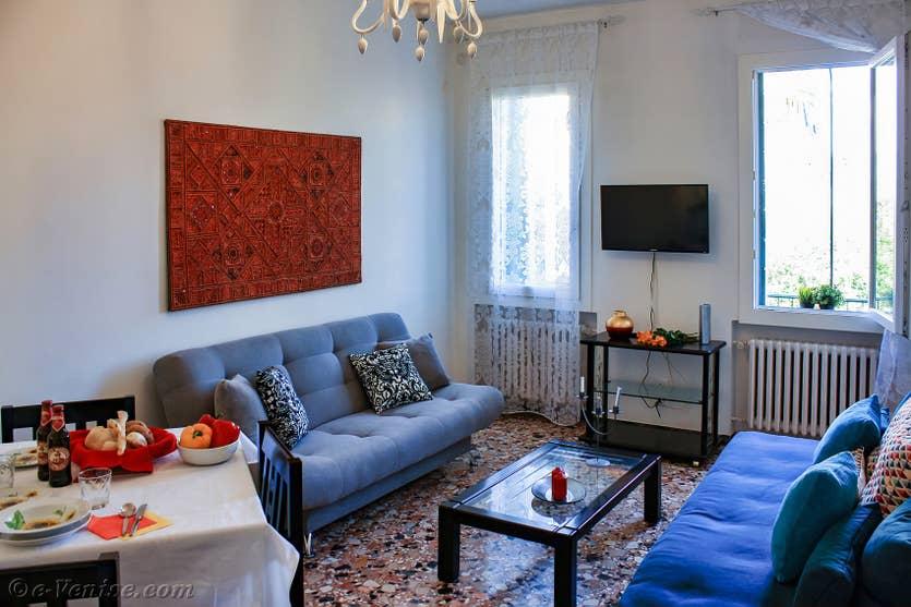 Location Madona Cannaregio à Venise, le salon salle à manger