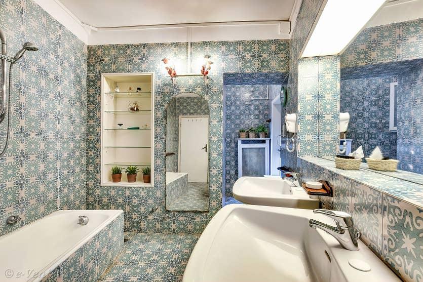 Location Palazzetto Bernardo à Venise, la première salle de bains
