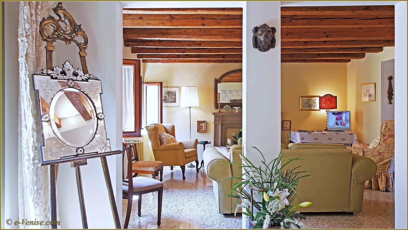 location appartement venise dorsoduro ca del petalo 4 personnes 2 chambres e. Black Bedroom Furniture Sets. Home Design Ideas