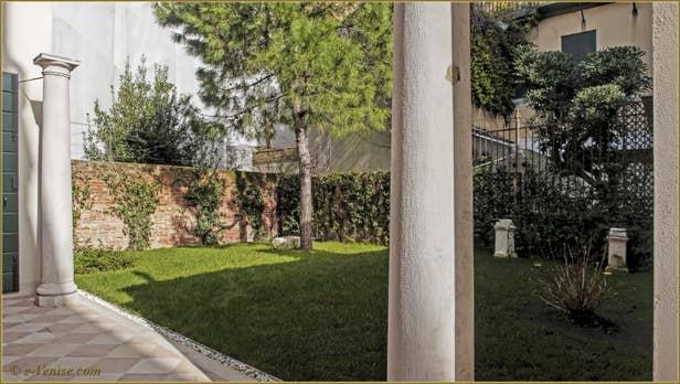 Location appartement venise dorsoduro ca 39 del redentore 6 for Appartement location jardin