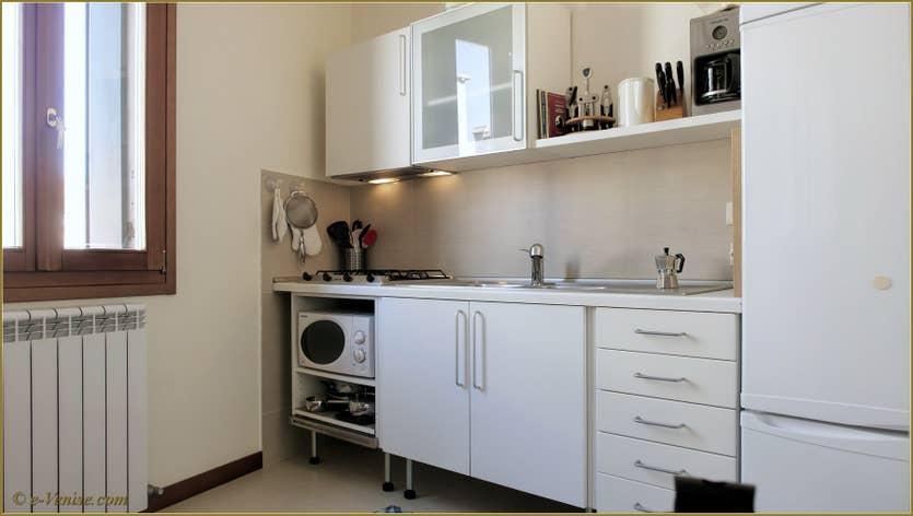 Location La Tana à Venise, la cuisine