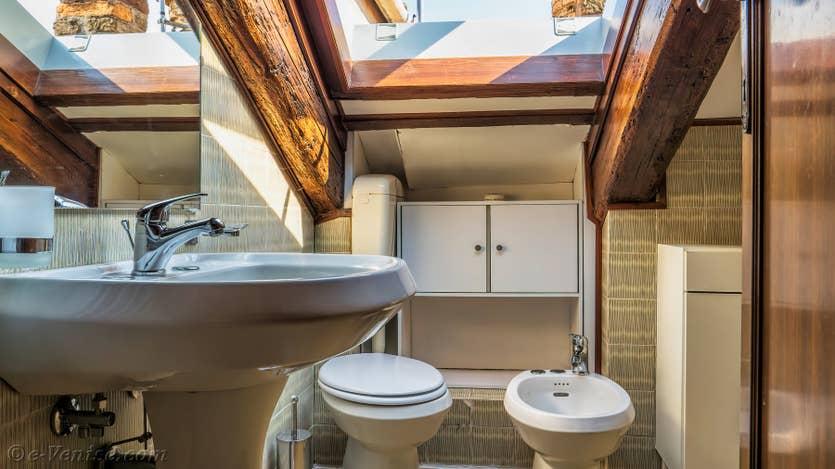 Location Cerchieri Terrasse à Venise, la salle de bains