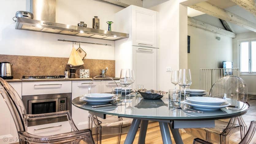 Location Felice Priuli à Venise, la cuisine Salle à Manger