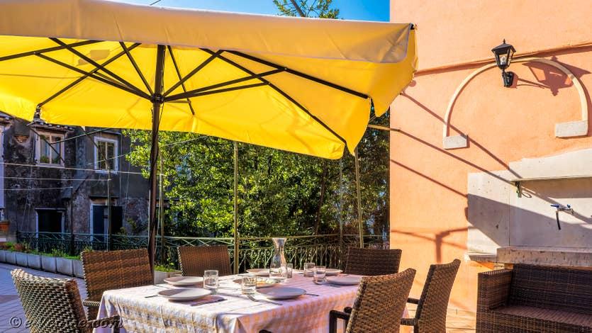 Location Giovanni Terrasses : la terrasse