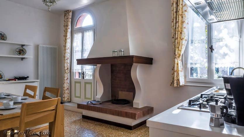 Location Giovanni Terrasses : la cuisine