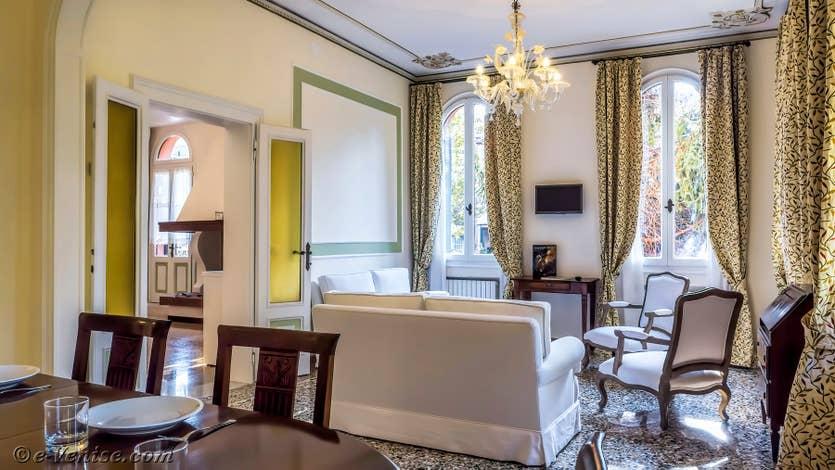 Location Giovanni Terrasses : Le Salon Salle à Manger