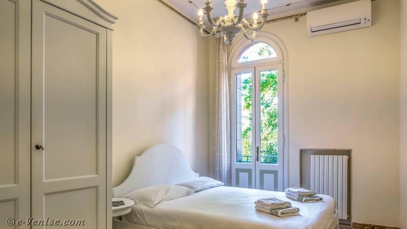 Location Giovanni Terrasses : La Première Chambre