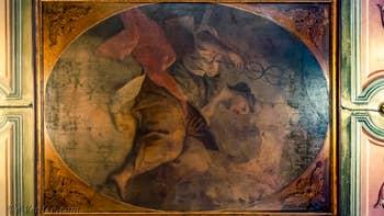 La fresque du plafond de la salle à manger de Goldoni Vista, dans le Sestier de Saint-Marc à Venise.