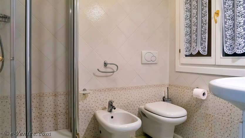 Location Goldoni Vista, salle de bains
