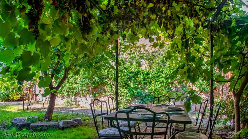 Location le jardin d'Alice à Venise, le jardin de la maison