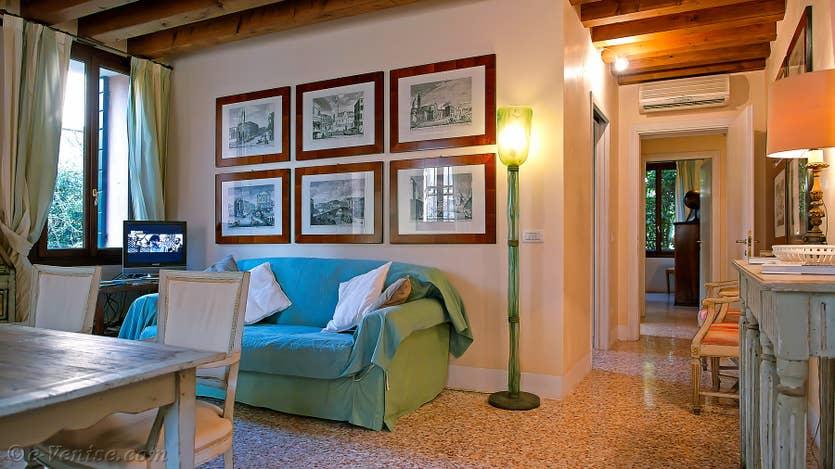 Location Jardin de l'Orto à Venise, le salon salle à manger