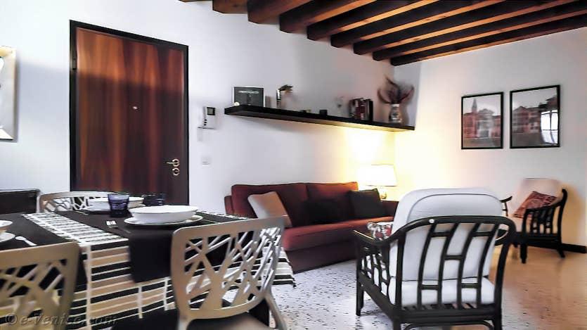 Location Jardin de l'Orto 2 à Venise, la salle à manger et le salon