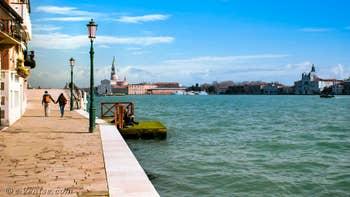 Devant l'appartement la vue sur le Canal de la Giudecca