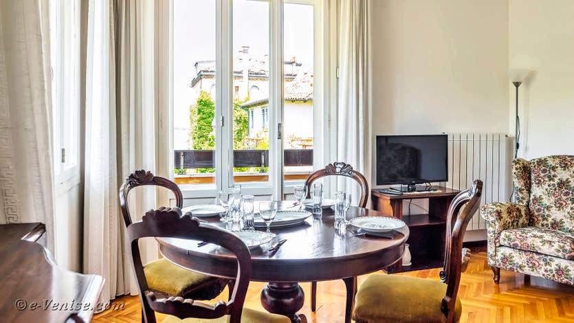 Location Lido Gallo Vista à Venise, salon salle à manger