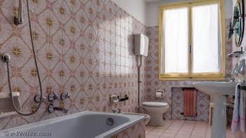 La seconde Salle de Bains de l'appartement du Palazzo Lion, dans le Sestier du Cannaregio à Venise.
