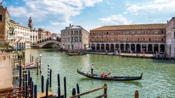 La vue depuis l'appartement du Palazzo Lion, dans le Sestier du Cannaregio à Venise.