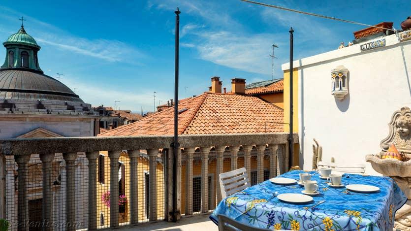 Location Santa Maria Terrasse à Venise, la terrasse