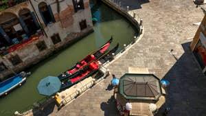 La vue sur les gondoles depuis la première terrasse