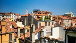 L'une des vues de l'appartement Teatro Garzoni, dans le sestier de Saint-Marc à Venise.
