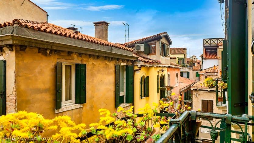 Location Vida Biennale à Venise, la vue sur la Calle de l'Ogio