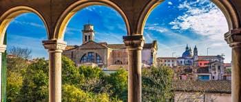 Location Appartement à Venise : Ognissanti Trifora dans le Dorsoduro