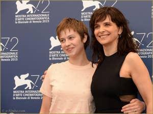 Lou de Laage et Juliette Binoche à la Mostra de Venise, le Festival du Cinéma de Venise 2015