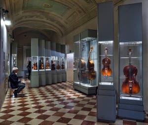 Musée des instruments musicaux de la Galerie de l'Accademia à Florence en Italie