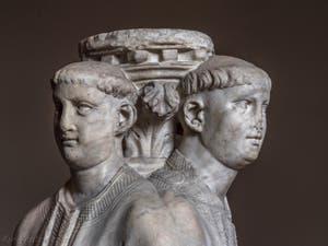 Arnolfo di Cambio, Trois Acolytes, 1265-1267, Musée du Bargello à Florence Italie