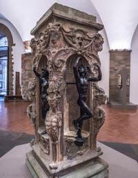 Benvenuto Cellini, Mercure et Minerve, 1553, Musée du Bargello à Florence Italie