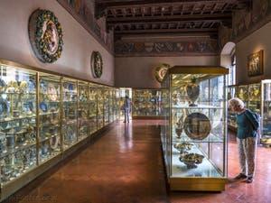 Salle des Faïences du Musée du Bargello à Florence Italie