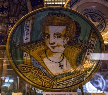 Haut Lazio, Plat en faïence, 1596, musée du Bargello à Florence Italie