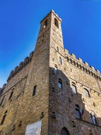 Le Musée Palais du Bargello et la tour Volognana, Palais du Capitaine de la justice du peuple à Florence Italie