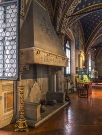Salle du Musée Bargello à Florence Italie