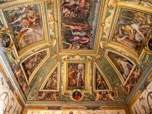Giorgio Vasari, Marco da Faenza, fresques du plafond de la salle Cosme l'Ancien du Palazzo Vecchio à Florence Italie.