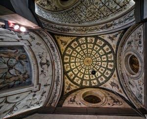 Fresques des plafonds des couloirs du Palazzo Vecchio à Florence, Italie