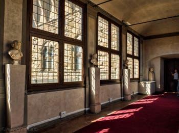 La Cavalcavia de Giorgio Vasari qui relie le Palazzo Vecchio à la galerie des Offices, les Uffizi à Florence, Italie