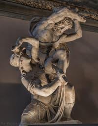 Vincenzo de Rossi, Hercule tue Hyppolyté, reine des Amazones, 1562-1584, salle des Cinq Cents, dei Cinquecento du Palazzo Vecchio, Florence Italie