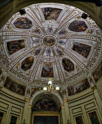 Le Palazzo Pitti et les salles de la Galerie Palatina à Florence en Italie