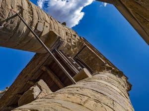 La plateforme de la tour Arnolfo du Palazzo Vecchio et les piliers qui soutiennent la pointe