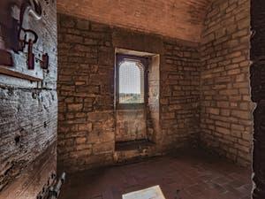La cellule de Cosimo l'Ancien et Savonarole dans la Tour Arnolfo du Palazzo Vecchio à Florence en Italie