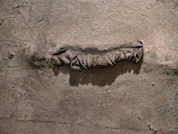 Antoni Tàpies, Chiffon et Corde, au Musée Peggy Guggenheim à Venise
