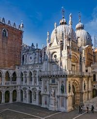 Le Palais des Doges et la Basilique Saint-Marc à Venise